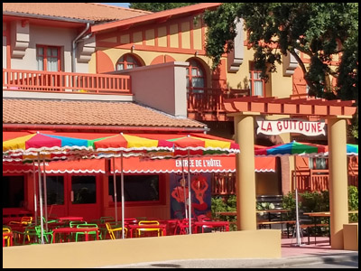 La Guitoune. Bar café au pyla sur mer à coté du club de voile.